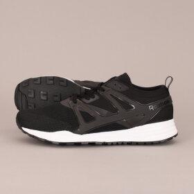 Reebok Classic - Reebok Classic Ventilator Adap Sneaker