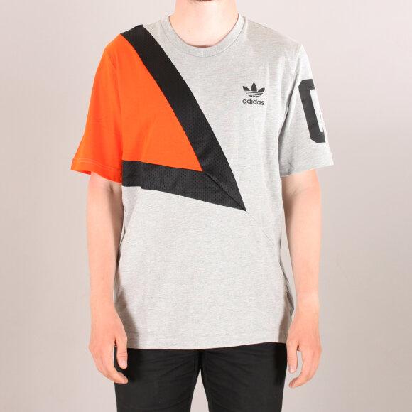 Adidas Original - Adidas Bball T-Shirt