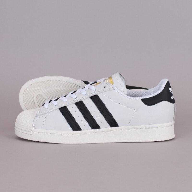 Danmarks største udvalg af skateboards Adidas Superstar